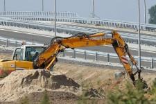 budowa-drogi-koparka