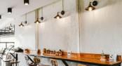 osiwetlenie-restauracja-lada-przyscienna